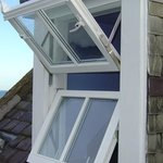 The Blairs Double Swing Window (BDS)