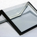 A double-glazed corner element produced with the new glass-bending process.